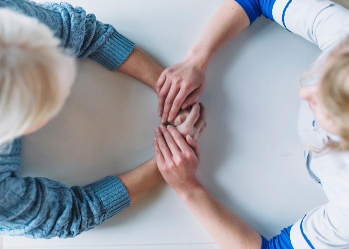 helping-hands-WEB